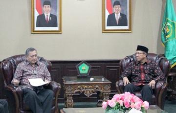 Ketua BWI Maftuh Basyuni Bertemu Menag Lukman Hakim Saifuddin, Selasa (20/1/2015)  - 2015 01 bertemu menag - Bahas Pengembangan Wakaf, BWI Bertemu Menteri Agama