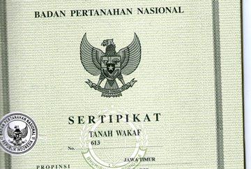 - sertifikat tanah wakaf 2crop - BPN Perlu Lakukan Upaya Khusus untuk Percepat Sertifikasi Wakaf