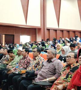 Prof. Dr. Ir. Mohammad Nuh, DEA menghadiri Wakaf Goes to Campus 7 Bogor wakaf mengubah mindset dari konsumtif ke produktif - Wakaf Goes to Campus 7 Bogor  270x300 - Wakaf Mengubah Mindset dari Konsumtif ke Produktif