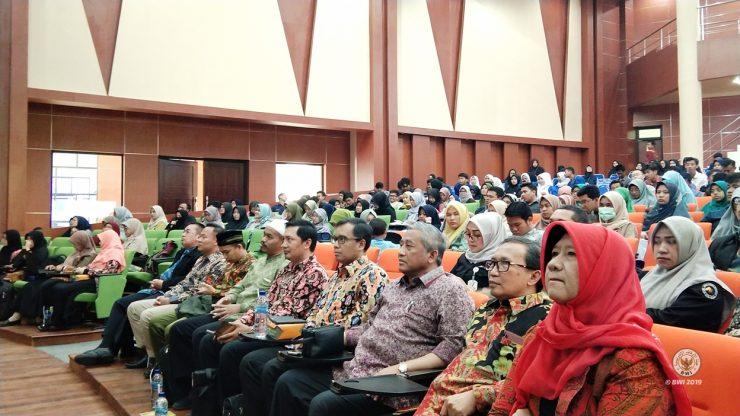 Prof. Dr. Ir. Mohammad Nuh, DEA menghadiri Wakaf Goes to Campus 7 Bogor wakaf mengubah mindset dari konsumtif ke produktif - Wakaf Goes to Campus 7 Bogor  740x416 - Wakaf Mengubah Mindset dari Konsumtif ke Produktif