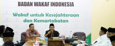 Susono Yusuf (Anggota BWI)  - 20191126 Kunjungan Pewakilan BWI Tulungagung 370x150 - Terima Kunjungan BWI Tulungagung, Komisioner Beri Masukan Pengembangan
