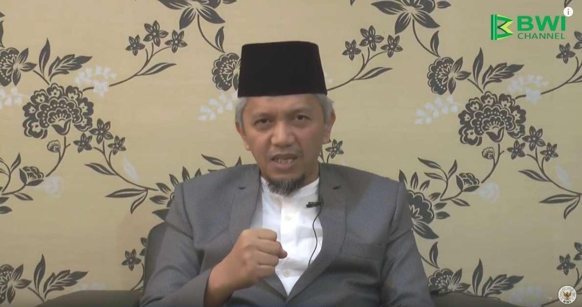 Dr. Hendri Tanjung: Mengembangkan Ekonomi Islam Melalui Wakaf  - Hendri Tanjung Mengembangkan Ekonmi Islam Melalui Wakaf Produktif - Dr. Hendri Tanjung: Mengembangkan Ekonomi Islam Melalui Wakaf