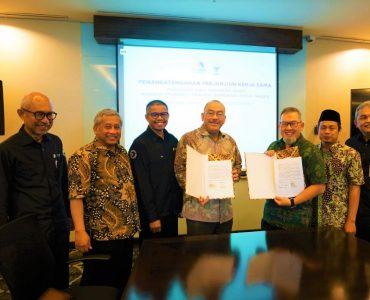 Badan Wakaf Indonesia dan Bank Mega Syariah Perkuat CWLS cash waqf linked sukuk - Badan Wakaf Indonesia dan Bank Mega Syariah Perkuat CWLS 370x300 - Tingkatkan Wakaf Produktif, BWI dan BMS Kerjasama Investasi CWLS