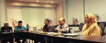 "Dirjen Bimas Islam Kemenag RI ""Arah Kebijakan Dirjen Bimas Terkait Zakat – Wakaf Indonesia""  - photo 2020 02 20 10 15 12 370x150 - Potensi Zakat dan Wakaf Luar Biasa, Sosialisasi dan Literasi Harus Terus Ditingkatkan"