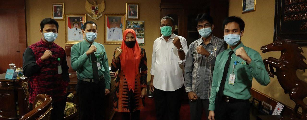 Wakil Bupati Serang Sampaikan Berobat Kini Tak Perlu Jauh-Jauh, Kini Rumah Sakit Khusus Mata Sudah Ada di Banten  - photo 2020 07 04 09 55 07 1280x500 - Wakil Bupati Serang Sampaikan Berobat Kini Tak Perlu Jauh-Jauh, Sekarang Rumah Sakit Khusus Mata Sudah Ada di Banten