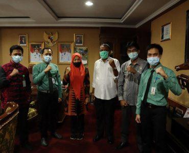 Wakil Bupati Serang Sampaikan Berobat Kini Tak Perlu Jauh-Jauh, Kini Rumah Sakit Khusus Mata Sudah Ada di Banten  - photo 2020 07 04 09 55 07 370x300 - Wakil Bupati Serang Sampaikan Berobat Kini Tak Perlu Jauh-Jauh, Sekarang Rumah Sakit Khusus Mata Sudah Ada di Banten