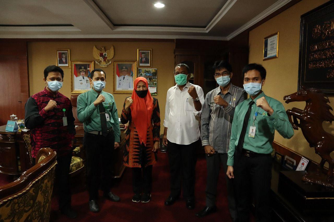 Wakil Bupati Serang Sampaikan Berobat Kini Tak Perlu Jauh-Jauh, Sekarang Rumah Sakit Khusus Mata Sudah Ada di Banten  - photo 2020 07 04 09 55 07 - Wakil Bupati Serang Sampaikan Berobat Kini Tak Perlu Jauh-Jauh, Sekarang Rumah Sakit Khusus Mata Sudah Ada di Banten