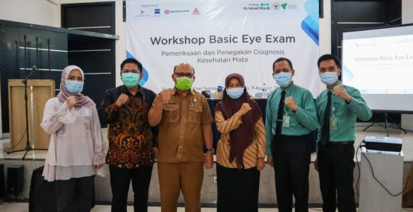 Peduli Katarak, RS Wakaf Achmad Wardi BWI-DD Gelar Workshop Basic Eye Exam Perdana  - Peduli Katarak RS Wakaf Achmad Wardi BWI DD Gelar Workshop Basic Eye Exam Perdana 585x300 - Peduli Katarak, RS Wakaf Gelar Workshop Basic Eye Exam Perdana
