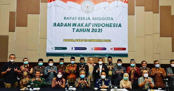 Susunan Pengurus Badan Wakaf Indonesia Periode 2021-2024  - Susunan Pengurus Badan Wakaf Indonesia Periode 2021 2024 740x388 - Gelar Raker, Ini 5 Program Prioritas Badan Wakaf Indonesia Tahun 2021