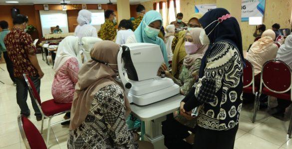 RS Wakaf Achmad Wardi Menggelar Workshop Retina  - IMG 20210410 WA0026 585x300 - RS Wakaf Achmad Wardi Menggelar Workshop Retina dan Glaukoma untuk seluruh Puskesmas di Kota Cilegon