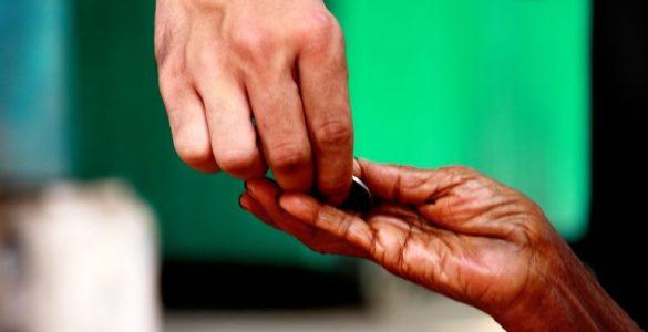 Wakaf Bisa Atasi Ketimpangan Sosial  - Wakaf Bisa Atasi Ketimpangan Sosial 585x300 - Wakaf Bisa Bantu Atasi Ketimpangan Sosial